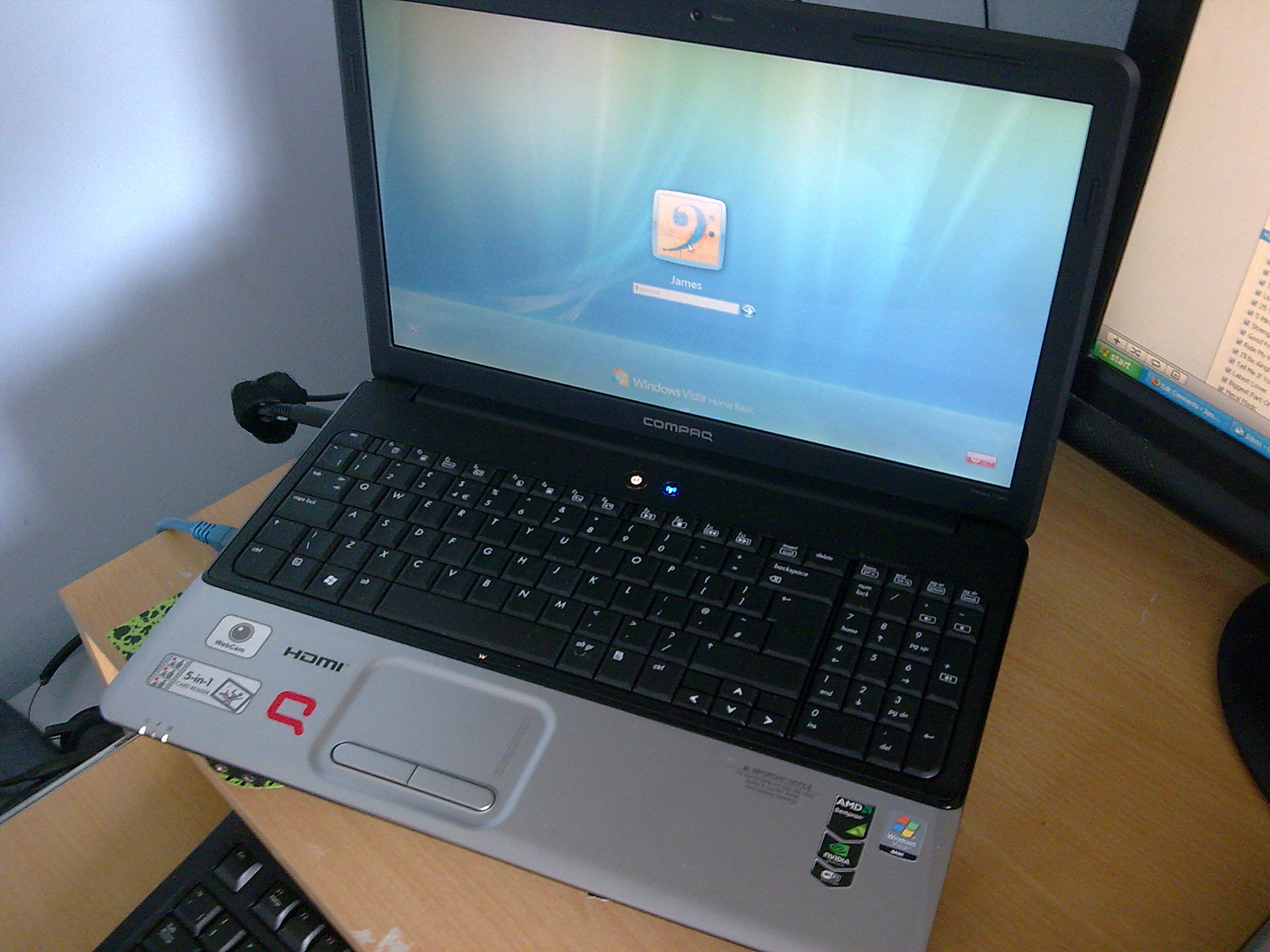 Compaq Presario CQ60 Vista Log on